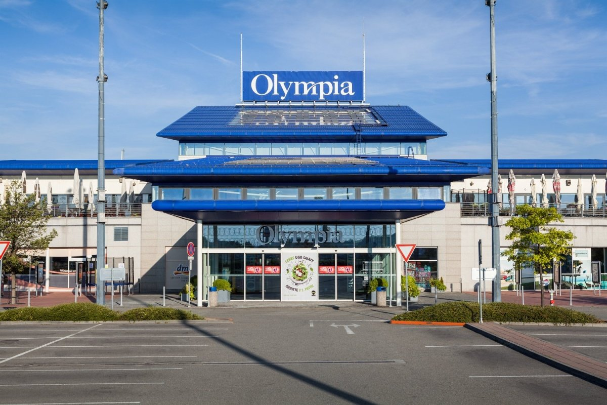 The OLYMPIA I Retail and Leisure Centre in Brno-Modřice