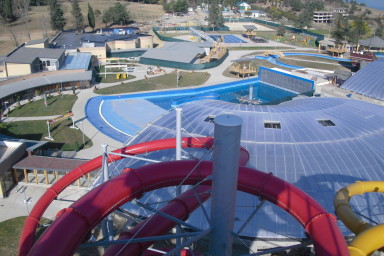 CENTROPROJEKT realizoval projekt a instalaci bazénových technologií aquaparku v Tbilisi, Gruzie
