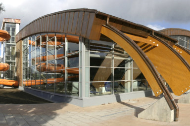 Projekt krytého plaveckého areálu v Hranicích připravila společnost CENTROPROJEKT