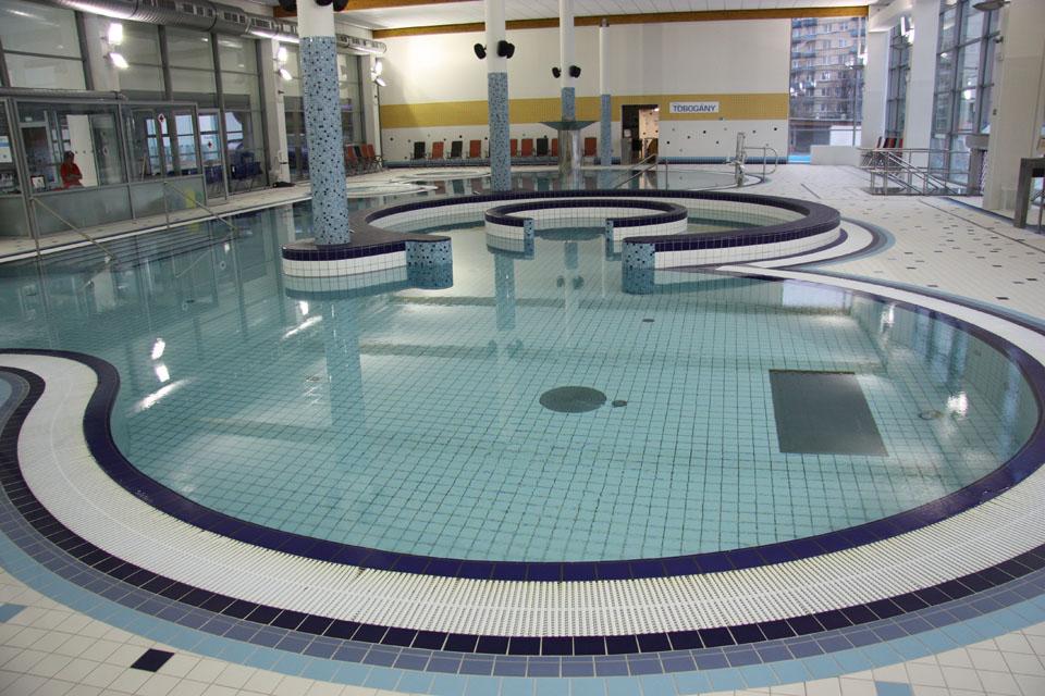 Aquapark Uherské Hradiště projektoval zlínský CENTROPROJEKT