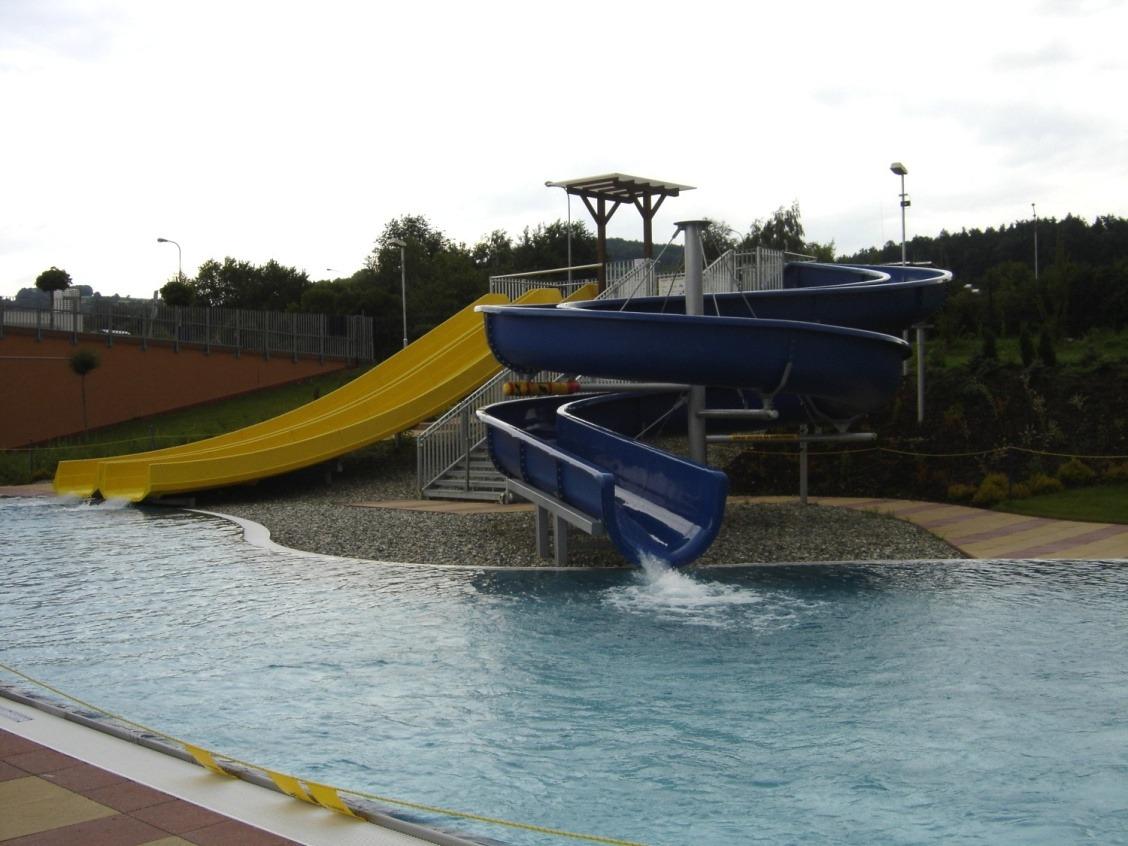 """Zelené"" Swimming Facility in Zlín"