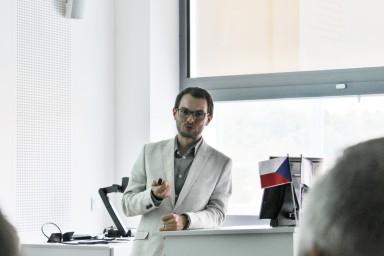 Mezi vystupujícími na konferenci byl např. Ing. Vladimír Ucekaj. Ph.D. z firmy EVECO Brno, s.r.o.