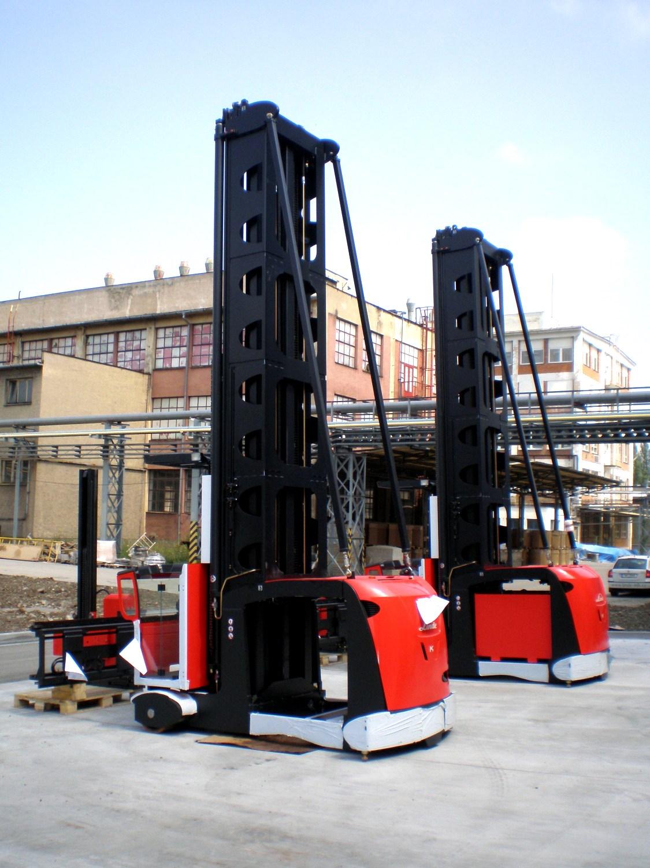 Pro společnost Semperflex Optimit připravil Centroprojekt stavbu vysokoregálové skladové haly
