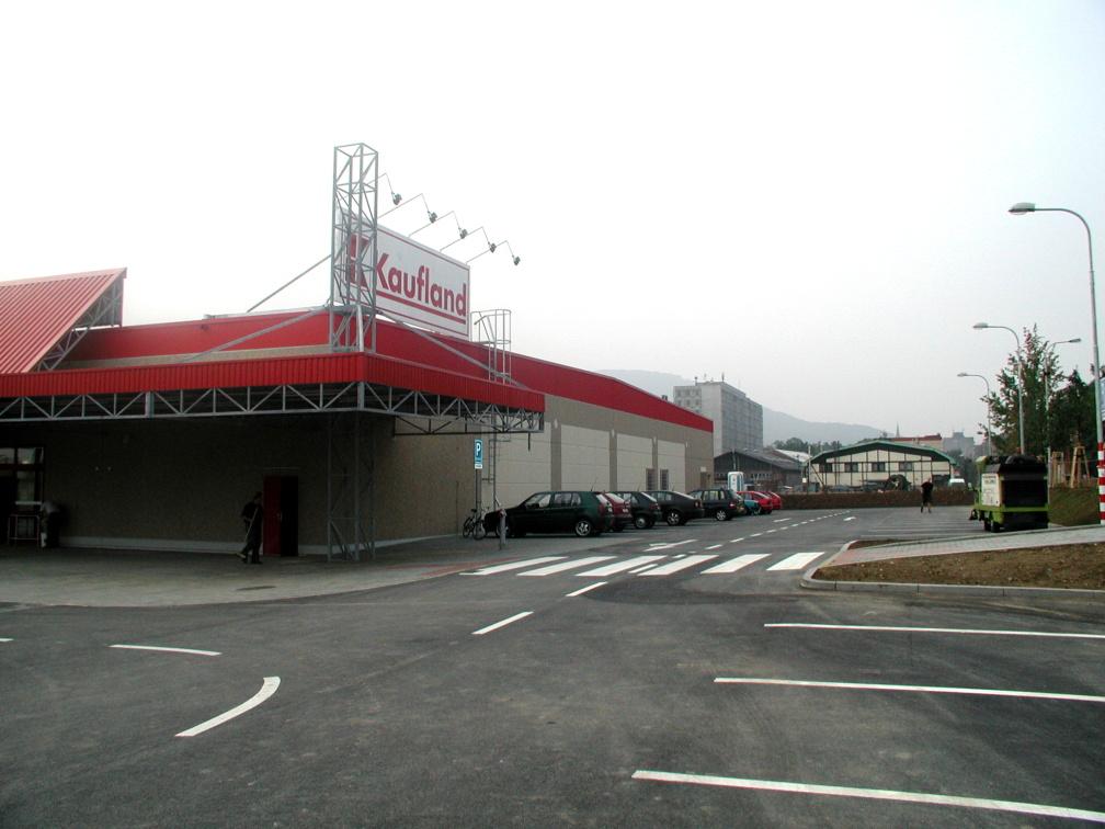 Projekt hypermarketu Kaufland v Kopřivnici realizoval Centroprojekt ze Zlína